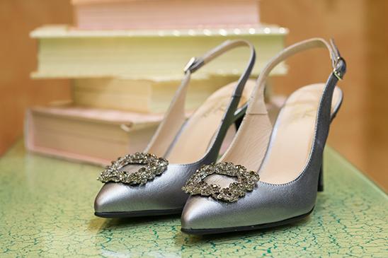 Zapato salón tacón metalizado Losanz